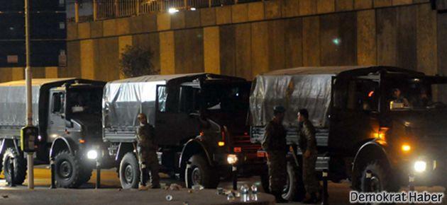 İstanbul'da askeri birlikler de konuşlandırıldı