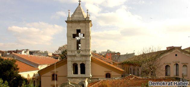İstanbul'da Ermeni kilisesine ayin sırasında silahlı saldırı