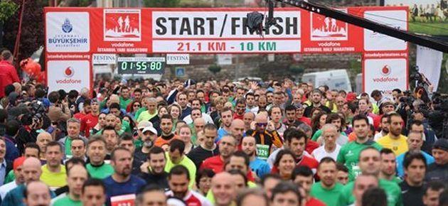 İstanbul'da maraton koşuldu