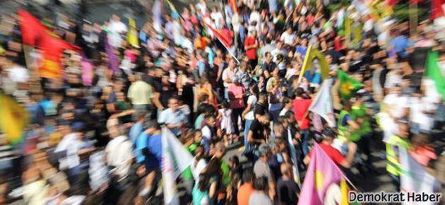 İstanbul'da Rojava yürüyüşüne polis engeli