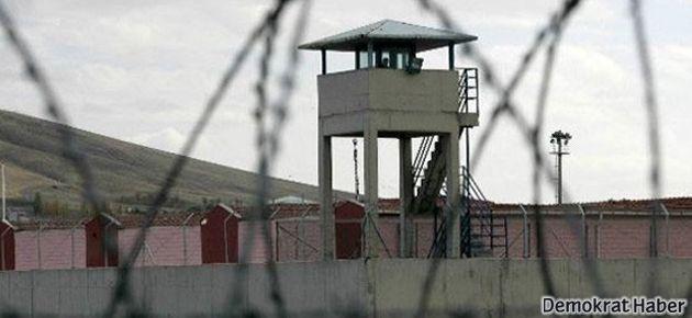 İstanbul'da üç cezaevine 'rüşvet' operasyonu