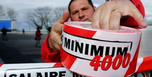 İsviçre, dünyanın en yüksek asgari ücretini oyluyor