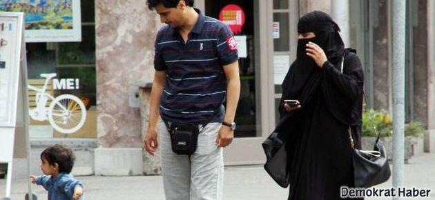 İsviçre Tessin kantonunda burka yasağı