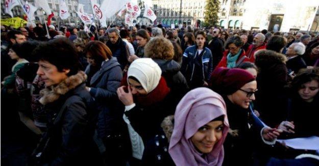 İtalya'daki müslümanlar: Benim adıma değil