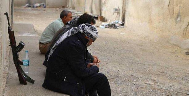 İtalyan gazeteci Kobani'deki yaşamı anlattı: Para yok, işbirliği ve örgütlenme var