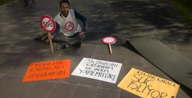 İTÜ'de asistandan rektör protestosu