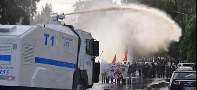 İzmir'de 2 kadın serbest