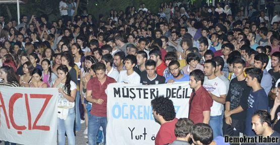 İzmir'deki öğrenci isyanını Bakan da duydu!
