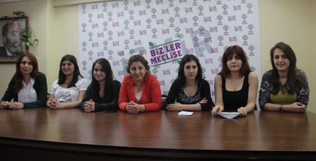 İzmirli feministlerden HDP'ye destek: 'Oyumuz HDP'ye'