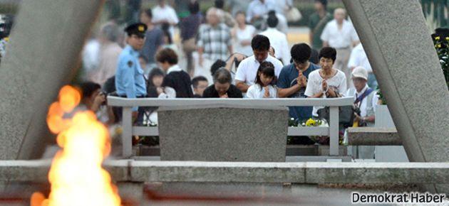 Japonya Hiroşima'da ölenleri anıyor