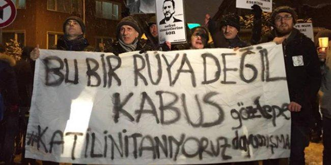 Kadıköy'de binlerce kişi Nuh Köklü'yü andı: 'Bu bir rüya değil, kabus'