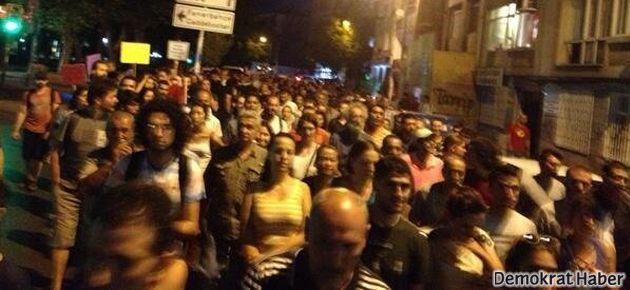 Kadıköy gözaltılara tepki için sokakta