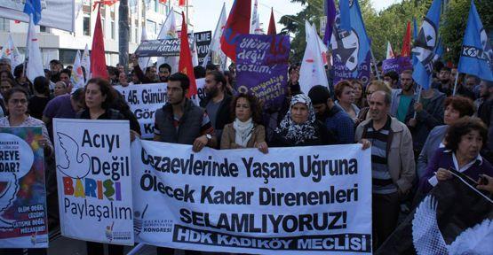 Kadıköy'deki açlık grevi eylemi engellendi