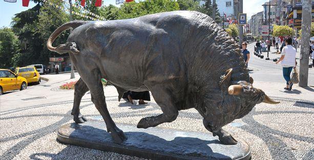 Kadıköy'ün boğası 150 yaşında