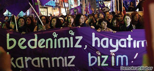 Kadınlar 12. Feminist Gece Yürüyüşü'ne hazırlanıyor