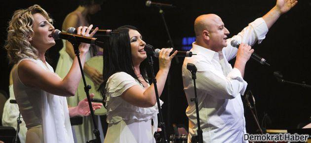 Kardeş Türküler konserine baskı