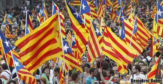 Katalonya'yı bağımsızlık ateşi sardı