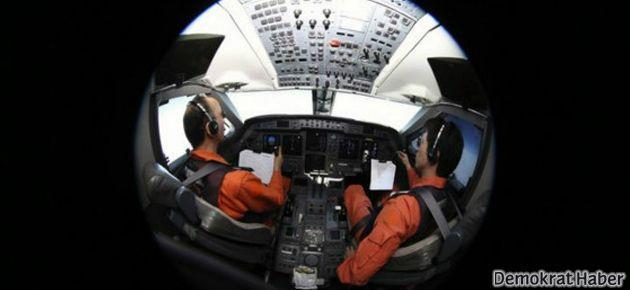 Kayıp uçağın esrarı 'hiç çözülmeyebilir'
