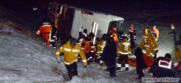 Kayseri'de otobüs devrildi: 21 ölü
