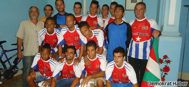 Kazova formaları Kübalı sporculara yaradı