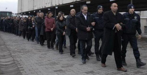 'KCK' ana davasında tutuklu siyasetçi kalmadı