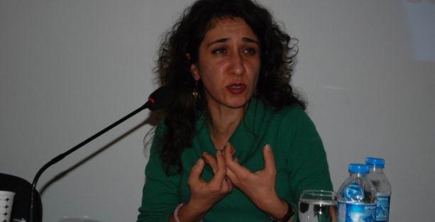 'KDP, ambargo ile Rojava'yı boşaltmak istedi'