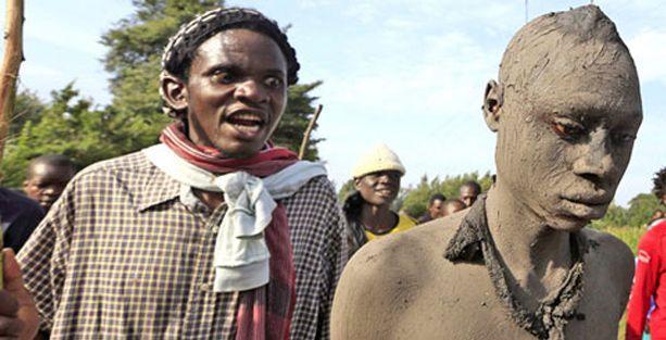Kenya'da 'sünnet çeteleri' korku saçıyor