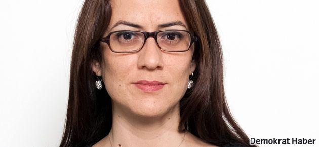 Kıbrıs meclisinde yemin devrimi!