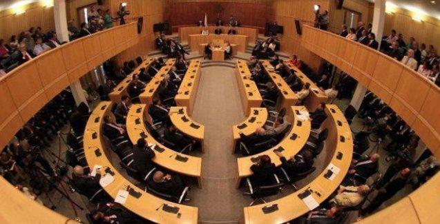 Kıbrıs Parlamentosu soykırımı inkâr yasasını onayladı