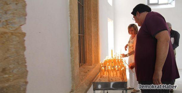Kıbrıslı Ermeniler, 50 yıl sonra ilk kez ayin düzenledi