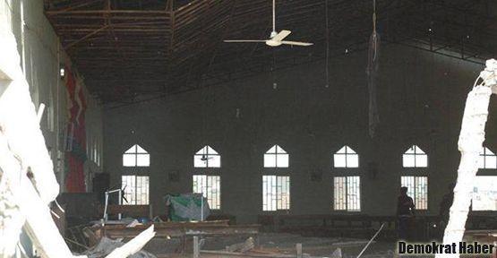 Kiliseye intihar saldırısı: 11 ölü!