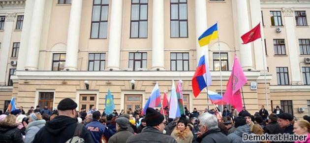 Kırım parlamentosu bağımsızlık ilan etti