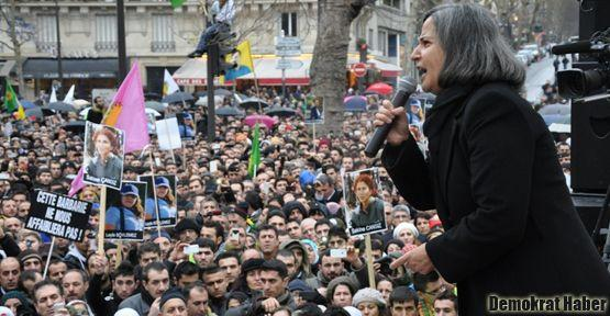 'Katliamcılar Kürt kadınının özgürlüğüne karşıdır'