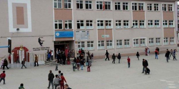 Kız öğrencilere 'Size tecavüz mübah' diyen öğretmen için soruşturma açıldı