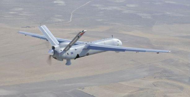 Kobane üzerinde Türk Heronları dolaşıyor
