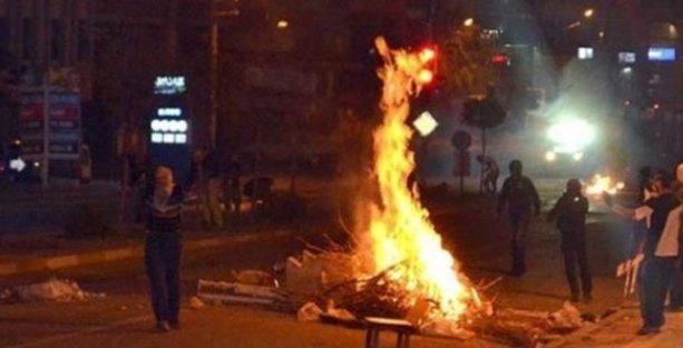 Kobani eylemlerinde ölü sayısı 24'e çıktı!