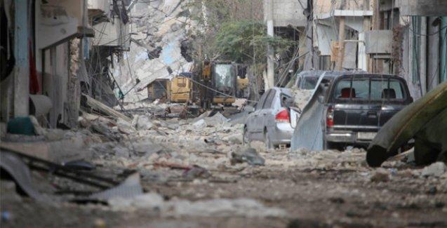Kobani sokakları tuzaklı bombalar, yıkıntılar ve ölü bedenlerle dolu