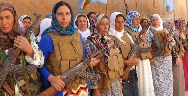 Kobani'deki anneler tabur kurdu
