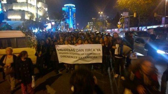 Kolin şirketine zeytin ağaçlı protesto