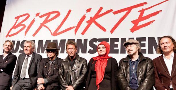 Köln'de ırkçılık karşıtı büyük festival