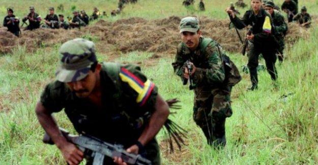 Kolombiya'da ordu ve gerillalar mayınları birlikte temizleyecek