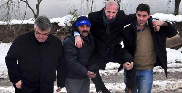 Köylünün sırtına binerek 'hasar tespiti' yapan yetkili görevden alındı