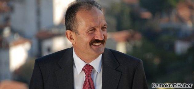 Kürtçe afiş asan o MHP'li başkan ihraç edildi