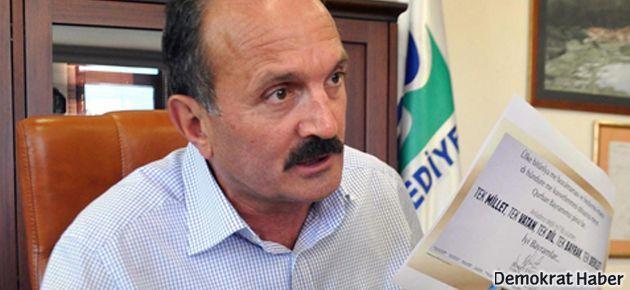 Kürtçe-Türkçe 'tek dil' pankartına MHP'den ihraç istemi