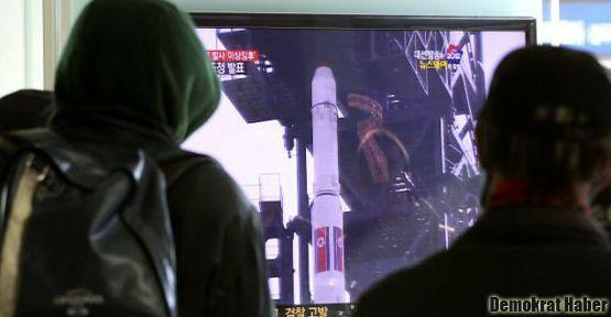 Kuzey Kore uzaya roket fırlattı