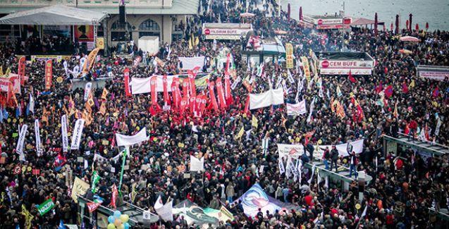 'Laik ve Bilimsel Eğitim için' binlerce kişi Kadıköy'de buluştu