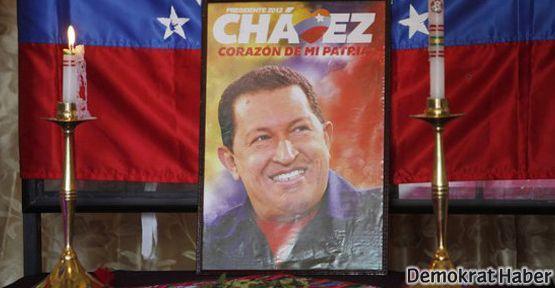 Lenin ve Mao gibi Chavez de mumyalanacak