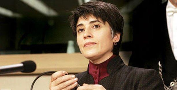 Leyla Zana, HDP'ye milletvekilliği adaylık başvurusunu yaptı