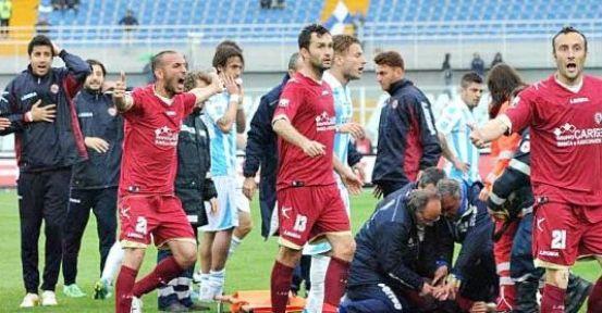Livorno-Pescara maçında Morosini'nin kalbi durdu