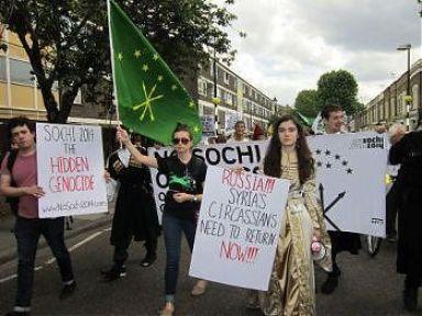 Londra'da NoSochi eylemi